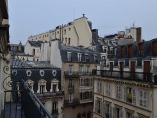 Hotel Queen Mary Parijs - Uitzicht