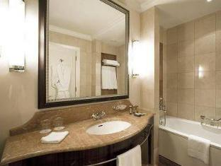 Corinthia Hotel Budapest Budapest - Bathroom