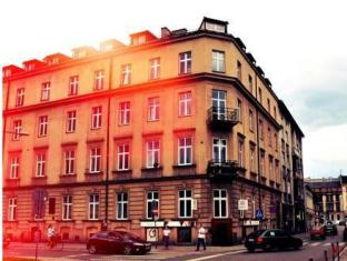 /good-bye-lenin-revolution/hotel/krakow-pl.html?asq=jGXBHFvRg5Z51Emf%2fbXG4w%3d%3d