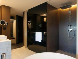 Crowne Plaza Geneva Hotel Geneva - Guest Room