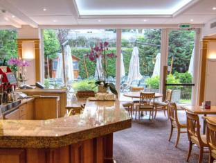 Crowne Plaza Geneva Hotel Geneva - Restaurant