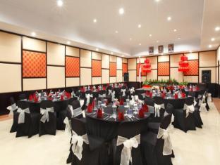 Adhi Jaya Hotel Bali - Ballroom