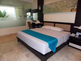 Blue Point Bay Villas & Spa Hotel Bali - Deluxe Room