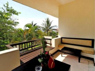 Blue Point Bay Villas & Spa Hotel Bali - Balcony/Terrace