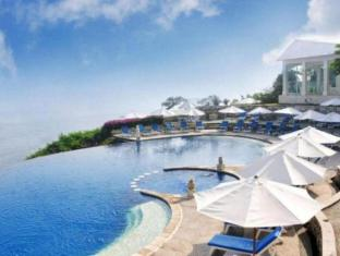 Blue Point Bay Villas & Spa Hotel Bali - Swimming Pool