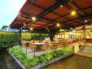 Green Garden Hotel Bali - Dining Area