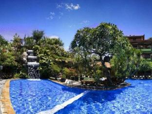 Green Garden Beach Resort & Spa Balis - Baseinas