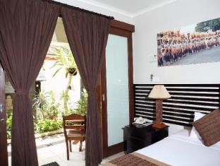Legian Village Hotel Bali - Külalistetuba