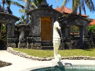 Puri Dajuma Beach Eco Resort & Spa Bali - Giriş