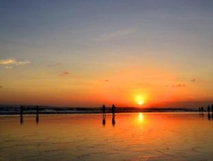 Puri Saron Seminyak Hotel & Villas Bali - Beach