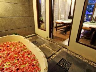 Puri Saron Seminyak Hotel & Villas Bali - Bathroom
