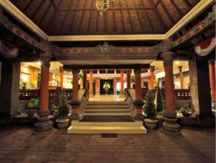 Puri Saron Seminyak Hotel & Villas Bali - Entrance