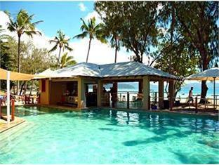 BreakFree Long Island Resort Whitsunday Islands - Swimmingpool
