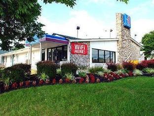 /motel-6-baltimore-west/hotel/baltimore-md-us.html?asq=jGXBHFvRg5Z51Emf%2fbXG4w%3d%3d