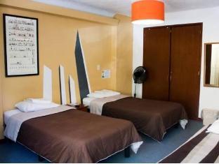 /hostel-hospedarte-chapultepec/hotel/guadalajara-mx.html?asq=5VS4rPxIcpCoBEKGzfKvtBRhyPmehrph%2bgkt1T159fjNrXDlbKdjXCz25qsfVmYT