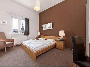 /novum-hotel-new-madison-dusseldorf-hauptbahnhof/hotel/dusseldorf-de.html?asq=5VS4rPxIcpCoBEKGzfKvtBRhyPmehrph%2bgkt1T159fjNrXDlbKdjXCz25qsfVmYT