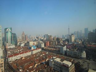 Salvo Hotel Shanghai - Surroundings