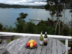 Doves Point Holiday House   New Zealand Hotels Deals