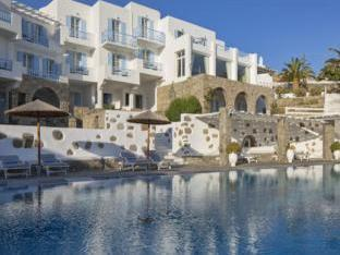 /manoulas-mykonos-beach-resort/hotel/mykonos-gr.html?asq=jGXBHFvRg5Z51Emf%2fbXG4w%3d%3d