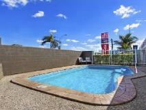 Nambour Lodge Motel: swimming pool