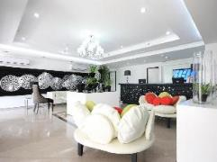 Philippines Hotels | The ADC Hotel
