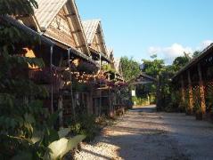 Monpai Resort   Ranong Hotel Discounts Thailand