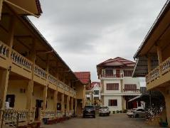 Seang Houng Hueang Hotel | Laos Budget Hotels