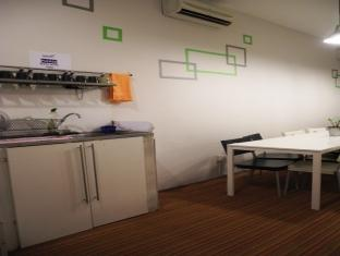 Submarine Guest House - China Town Kuala Lumpur - Living Hall