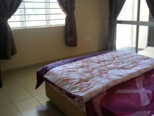 Gelenggang - KLIA Transit House Kuala Lumpur - Master bedroom