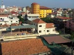 Chea Samnang  II Guesthouse Cambodia