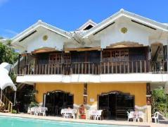 Philippines Hotels | Villa Limpia Beach Resort