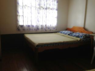 /pines-kitchenette-and-inn/hotel/bontoc-ph.html?asq=jGXBHFvRg5Z51Emf%2fbXG4w%3d%3d