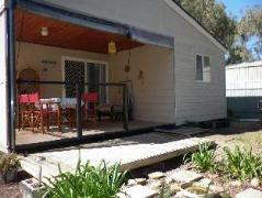 Australia Hotel Booking | Tucked Away at Brownlow Cottage