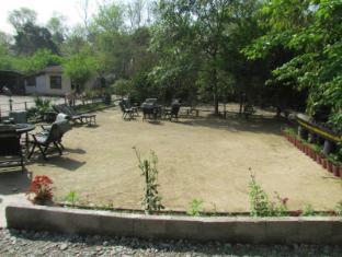 Chitwan Gaida Lodge Chitwan - Área de Estar Executiva