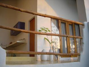 Tewana Home Phuket - 2 Bedroom Suite Balcony