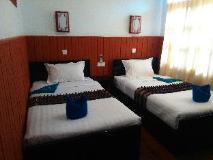 Manaw Thu Kha Hotel: guest room