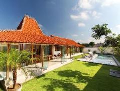 Villa Oulala Indonesia