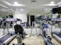 White Feather Hotel Apartments: fitness room