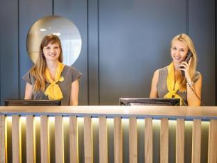Hotel Golf Prague - Reception
