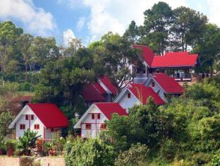Nature Land Hotel II Калав