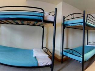 Wellywood Backpackers Wellington - Bed in 6 bed Mixed Dorm