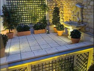 Hotel Best Western de Neuville Parijs - Balkon/Terras