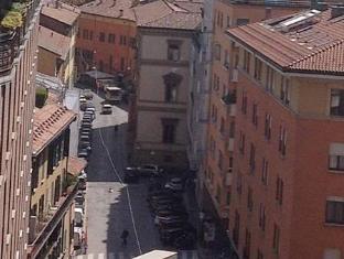 /bologna-center-town/hotel/bologna-it.html?asq=jGXBHFvRg5Z51Emf%2fbXG4w%3d%3d