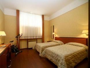 /fi-fi/hotel-astoria/hotel/bologna-it.html?asq=vrkGgIUsL%2bbahMd1T3QaFc8vtOD6pz9C2Mlrix6aGww%3d