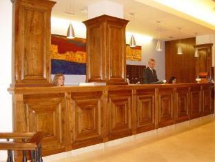 /sercotel-don-curro/hotel/malaga-es.html?asq=vrkGgIUsL%2bbahMd1T3QaFc8vtOD6pz9C2Mlrix6aGww%3d