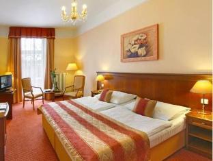 /es-es/danubius-health-spa-resort-centralni-lazne/hotel/marianske-lazne-cz.html?asq=vrkGgIUsL%2bbahMd1T3QaFc8vtOD6pz9C2Mlrix6aGww%3d