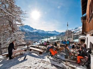Schweizerhof Swiss Quality Hotel Sankt Moritz - Pub/salong
