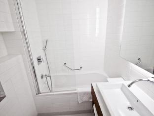 Jerusalem Tower Hotel Jerusalem - Bathroom
