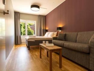 /nl-nl/linneplatsens-hotell-vandrarhem/hotel/gothenburg-se.html?asq=vrkGgIUsL%2bbahMd1T3QaFc8vtOD6pz9C2Mlrix6aGww%3d