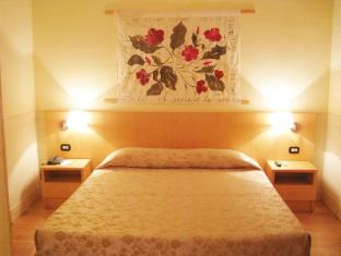 Aphrodite Hotel Rome - Guest Room